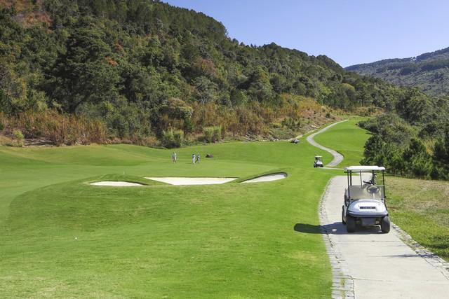 Van Tri Golf Club  Viet Green Golf