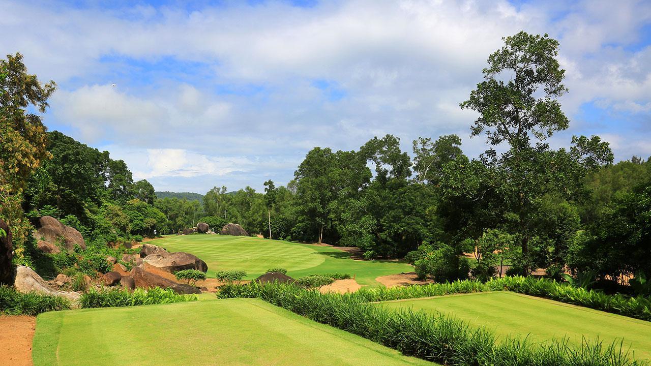 Vietnam Quality Golf Course - Laguna Lang Co Golf Club