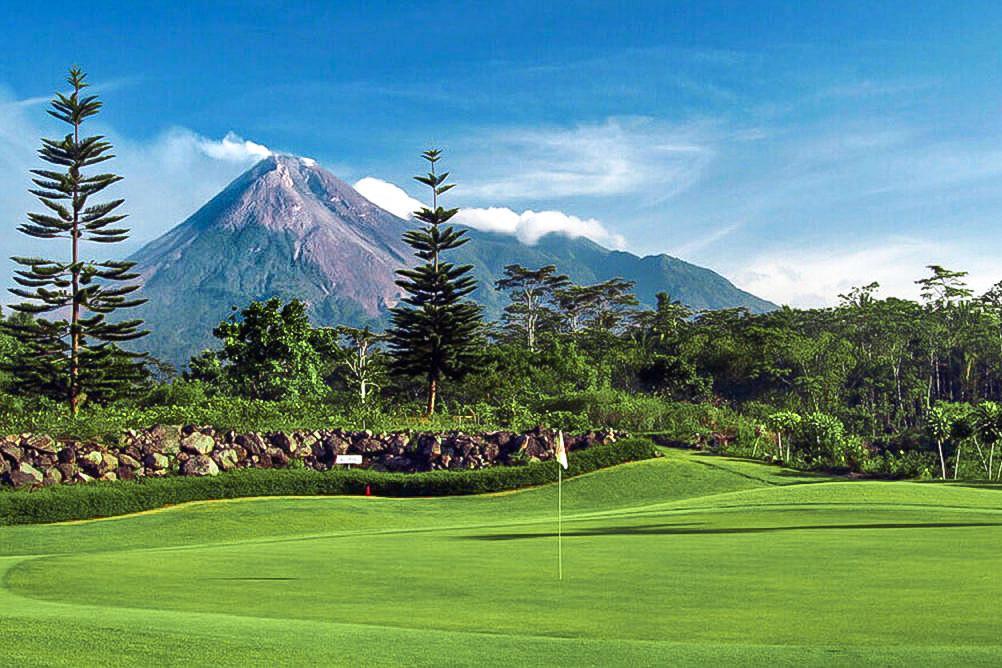 Indonesia Golf Luxury Holidays 6 days in Yogyakarta
