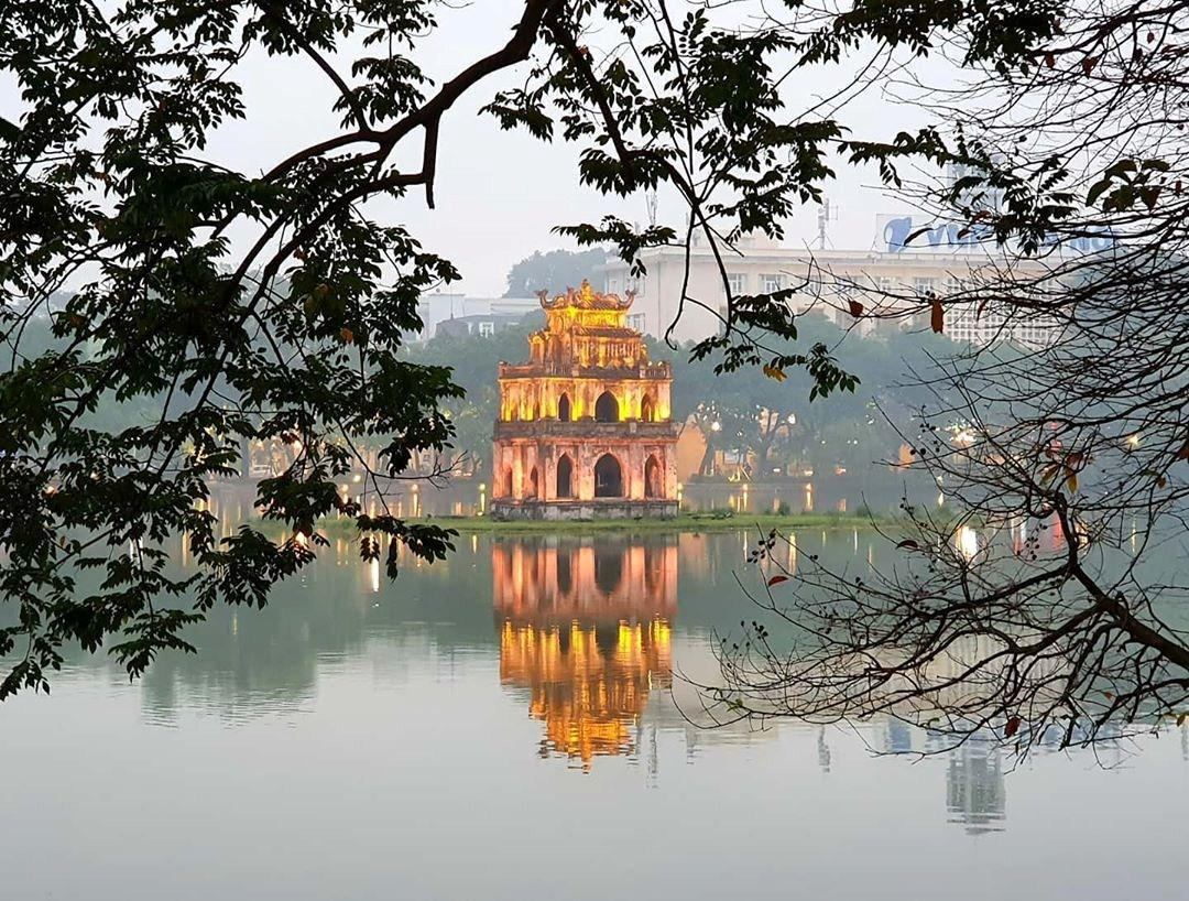 Essential Cambodia and Vietnam Tour-Two major cities 12 days