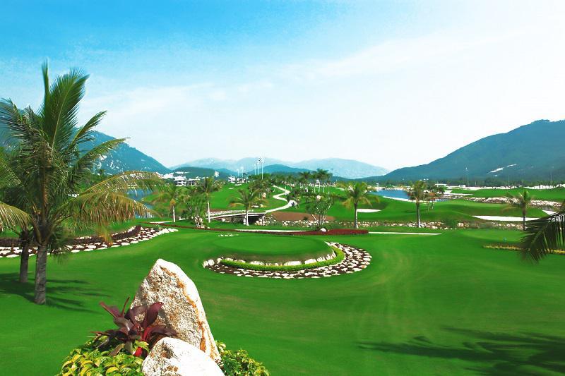 Around Vietnam Golf Package Tour 11 Days